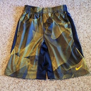Nike gray & yellow boys exercise shorts, EUC